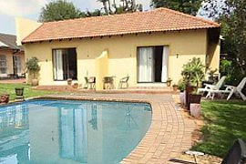 Angelica Guest House, accommodation in Boksburg, Gauteng