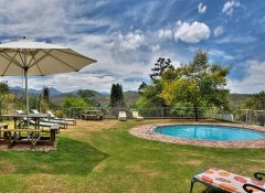 Berluda Farmhouse, Accommodation in Oudtshoorn, Route 62