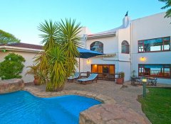 Blue Oyster Bed & Breakfast, Accommodation in Knysna