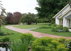 Cedar Garden Bed and Breakfast in Underberg