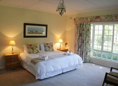 Child-friendly guestroom at Cedar Garden in Underberg