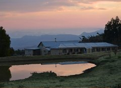 Zonderntwyfel Barnhouse at Drakensberg Mountain Retreat