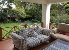 4 Living Guesthouse, Accommodation in Johannesburg