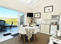 Guadeloupe Self Catering, Accommodation in Knysna
