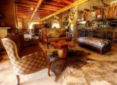 Kwaggashoek Lodge, accommodation in Bergville