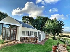 Louvain Guest Farm, Accommodation in Herold, Route 62