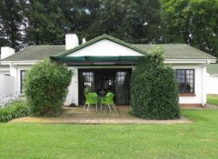 Guest room with terrace at Lythwood Lodge in Howick