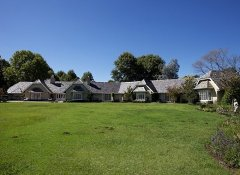 Moorcroft Manor country hotel in Himeville near Sani Pass