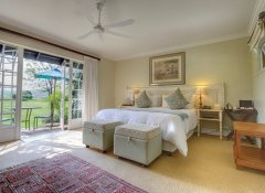 Junior suite at Moorcroft Manor hotel in Underberg