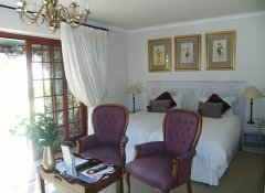 Mulligans Guest Lodge Accommodation in Hermanus