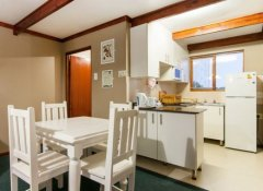 Kitchen for self-catering at Pine Lodge Resort in PE