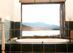 Sani Valley Game Lodge, Accommodation in Underberg
