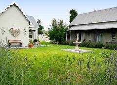 Tranquil House B&B in Queenstown at 1 College Avenue