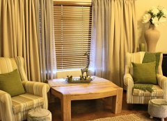 Upmarket Valley Bushveld Country Lodge B&B in Addo