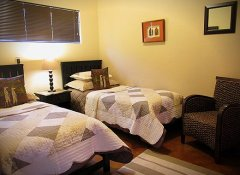 Twin room at Valley Bushveld Country Lodge in Addo