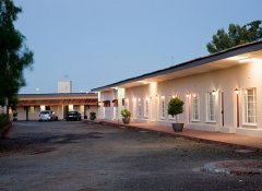 Wagon Wheel Country Lodge, Beaufort West accommodation